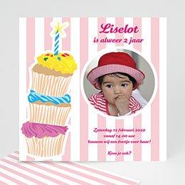 Verjaardagskaarten meisjes Stapel taartjes voor meisjes