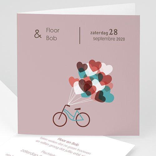 Vintage trouwkaarten - Op de fiets naar liefde 24270