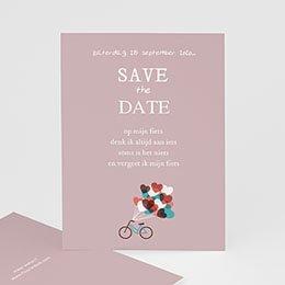 Save the date kaartjes Op de fiets naar liefde