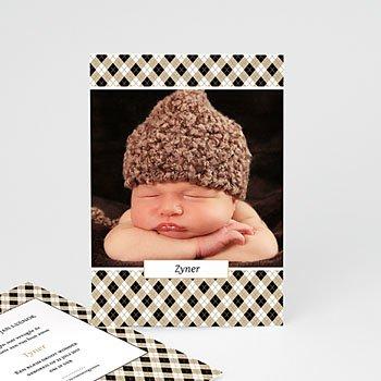 Geboortekaartje jongen - Op een bloemenbed - 0