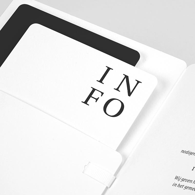 Trouwkaarten Typografisch en Chic pas cher